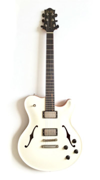 Nik Huber – Rietbergen Custom –Worn Vintage White Nitro